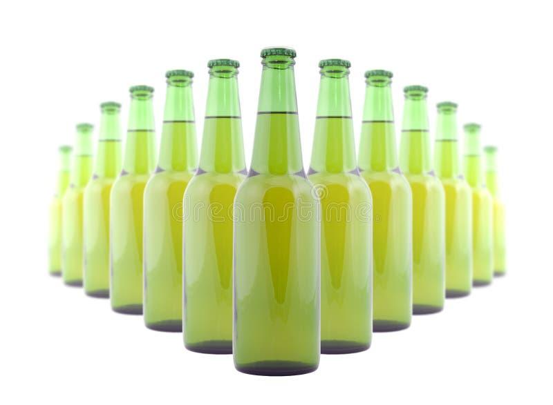 Groene flessen bier royalty-vrije stock afbeelding