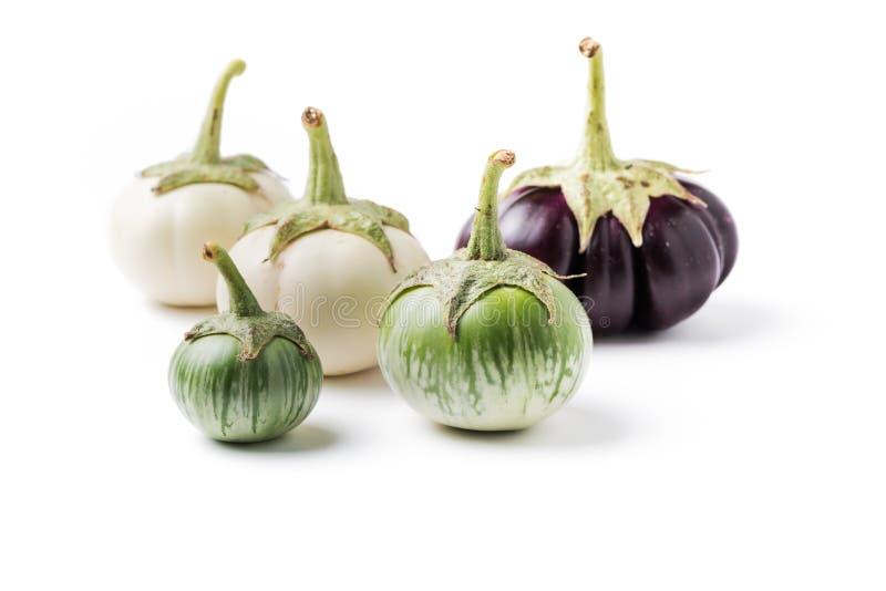 Groene geïsoleerde aubergine royalty-vrije stock afbeelding