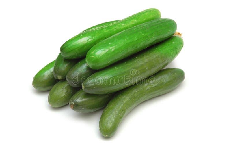 Groene geïsoleerdeo komkommers royalty-vrije stock afbeelding