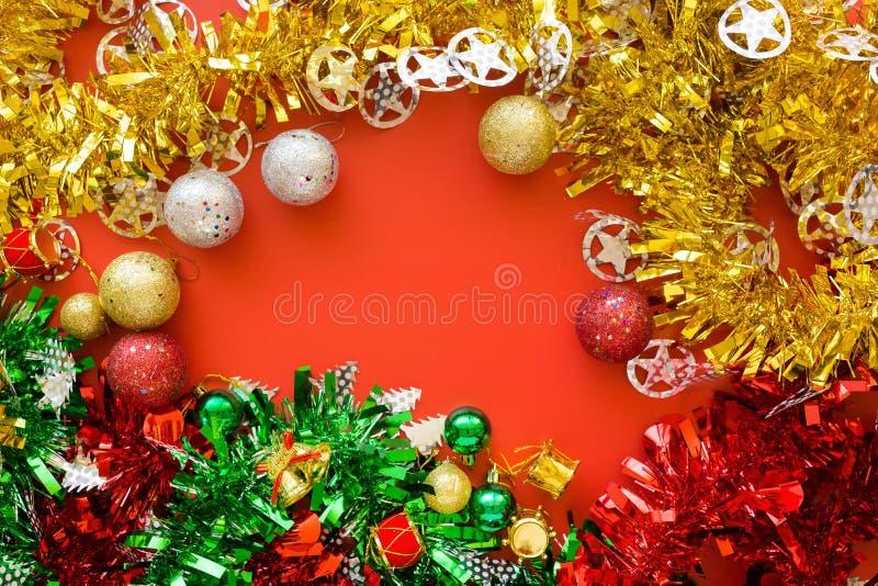 Groene gele en Rode klatergoud van Kerstmis het traditionele decoratie royalty-vrije stock fotografie