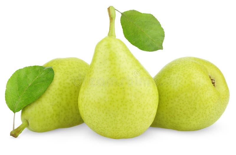 Groene gele peren met bladeren op wit royalty-vrije stock afbeelding