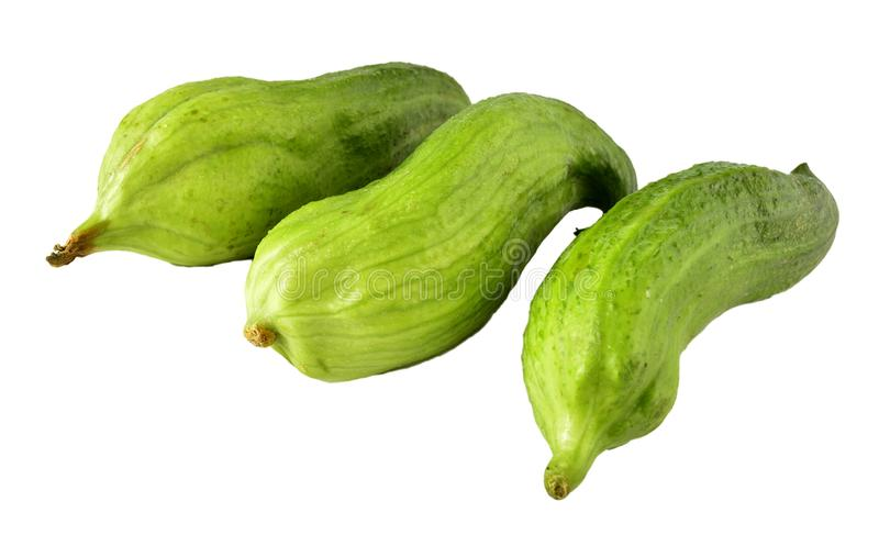 Groene gestapelde komkommer drie stock foto's
