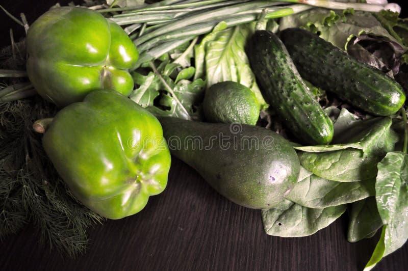 Groene Groenten Reeks diverse seizoengebonden groene groenten stock fotografie