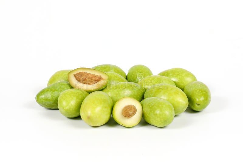 Groene jonge olijf stock afbeelding