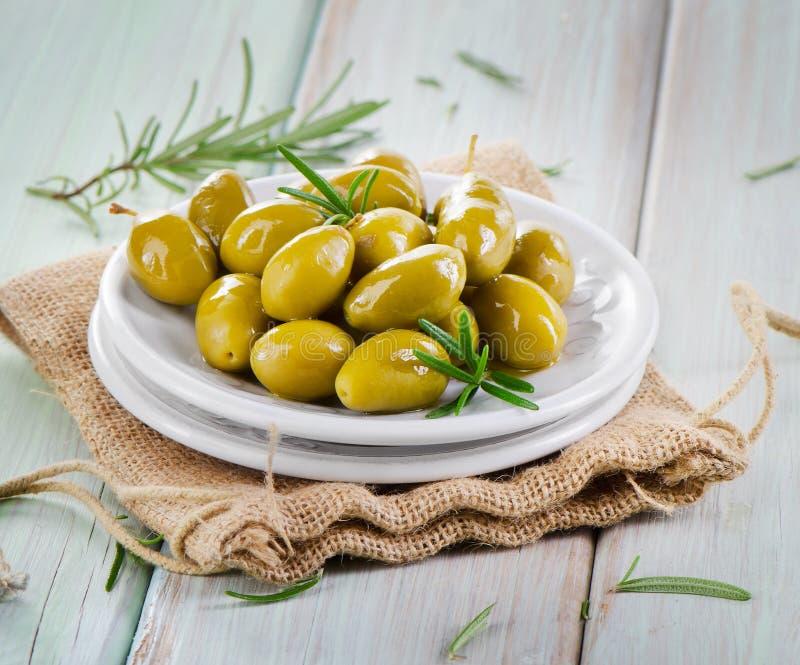 Groene olijven. royalty-vrije stock foto