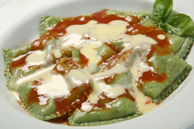 Groene ravioli stock afbeelding