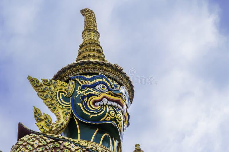 Groene Reus in Wat Phra Kaew of naam officieel als Wat Phra Si Rattana Satsadaram royalty-vrije stock foto