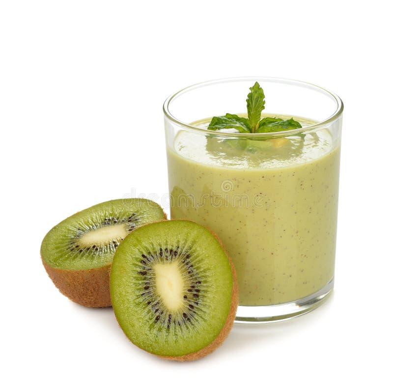 Download Groene smoothies stock afbeelding. Afbeelding bestaande uit heerlijk - 39117633
