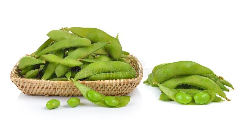 Groene sojabonen op witte achtergrond royalty-vrije stock afbeeldingen