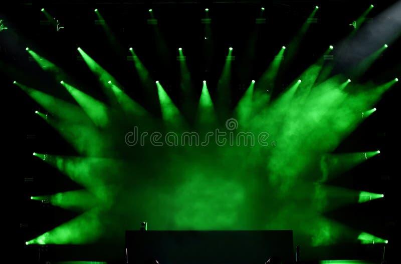 Groene stadiumlichten royalty-vrije stock foto