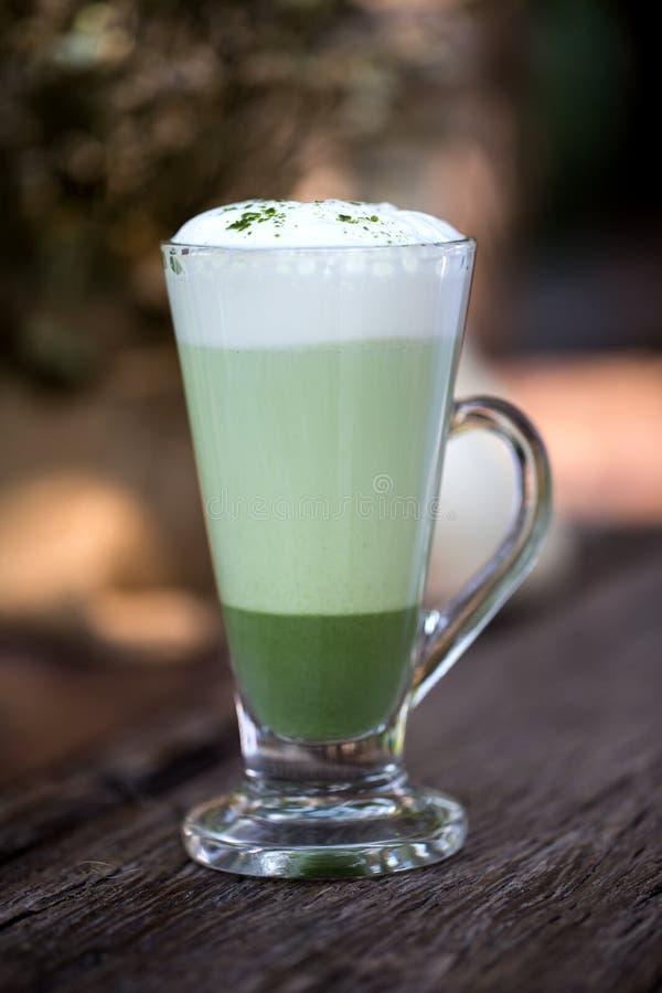 Groene thee latte stock foto's