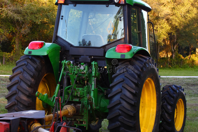Groene Tractor royalty-vrije stock afbeeldingen
