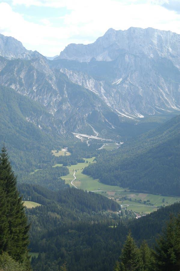 Groene vallei royalty-vrije stock afbeelding
