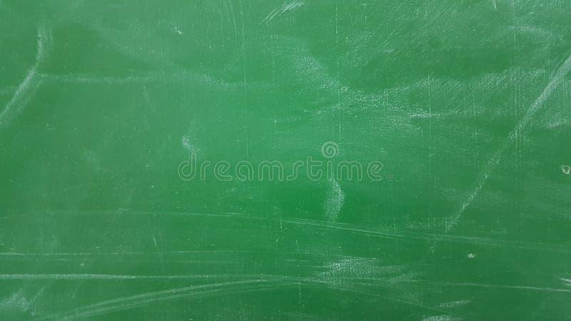 Groene van het schoolbord krassen als achtergrond royalty-vrije stock foto's