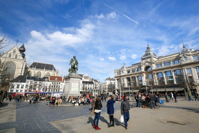 Groenplaats a Anversa, Belgio fotografia stock