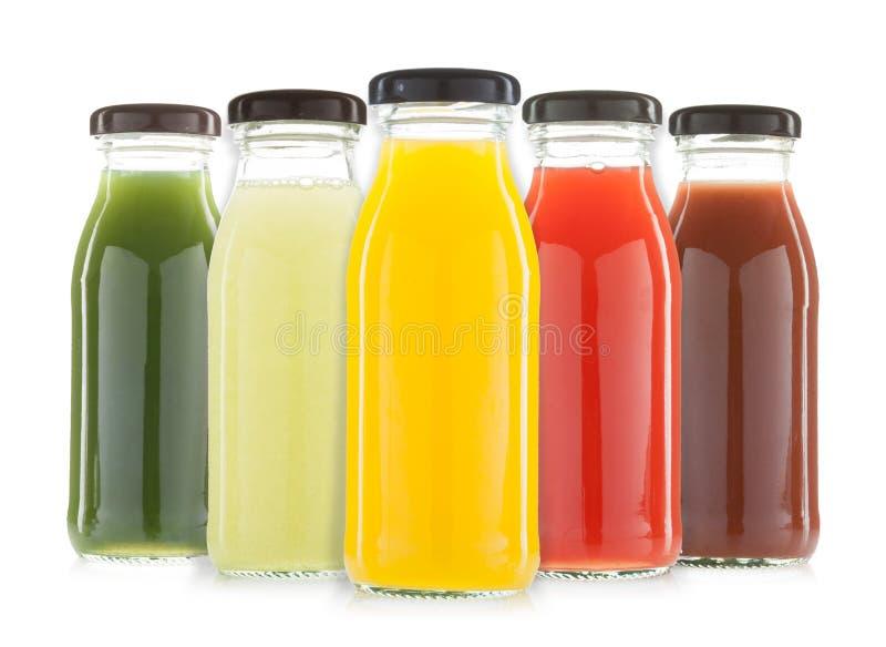 Groente en vruchtensap geïsoleerde flessen royalty-vrije stock afbeeldingen