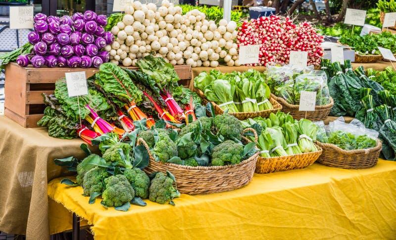 Groenten bij de Markt van Landbouwers stock foto