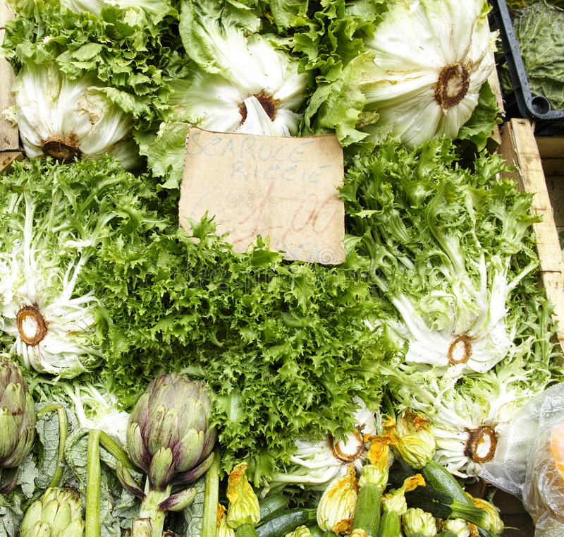 Groenten bij markt royalty-vrije stock foto