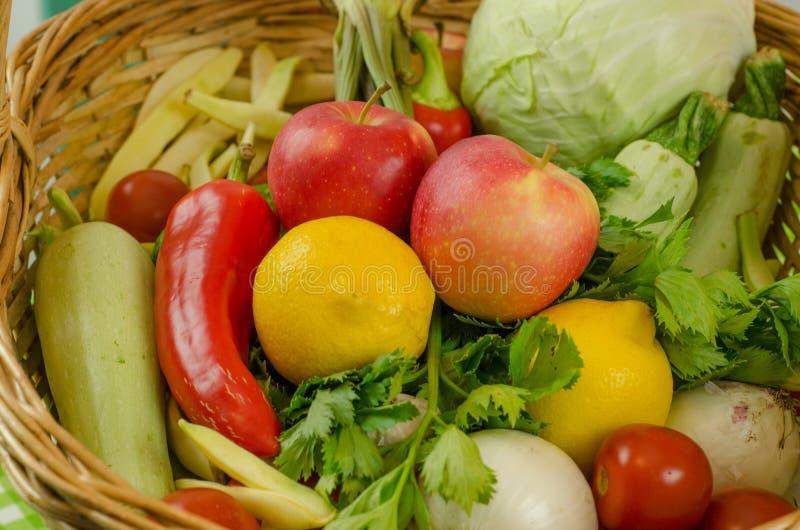 Groenten en Vruchten stock afbeeldingen
