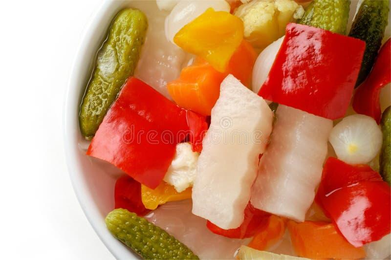 Groenten in het zuur in een schotelclose-up royalty-vrije stock fotografie