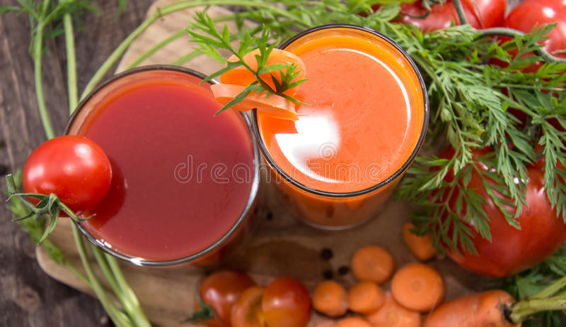 Groentesappen met ingrediënten royalty-vrije stock fotografie