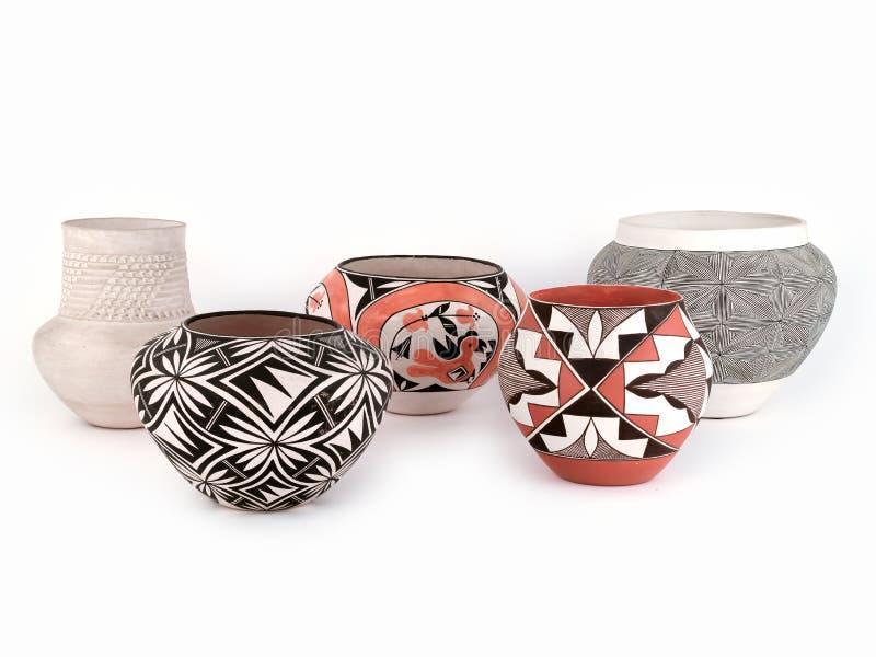 Groep Antieke Inheemse Amerikaanse Pueblo Clay Pottery royalty-vrije stock afbeeldingen
