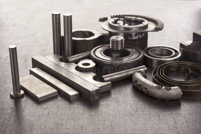 Groep bouten en mechanische componenten royalty-vrije stock afbeelding