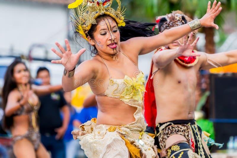 Groep de Mensen van de Jeugdhuaorani royalty-vrije stock fotografie