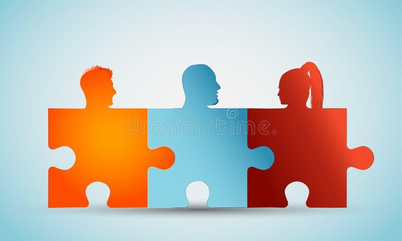 Groep die de kleurrijke hoofden van silhouetmensen raadselstukken vormen Conceptengroepswerk of gemeenschap Probleem het oplossen royalty-vrije illustratie