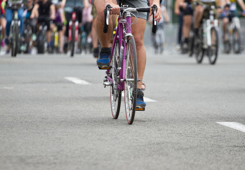 Groep fietser bij fietsras royalty-vrije stock foto