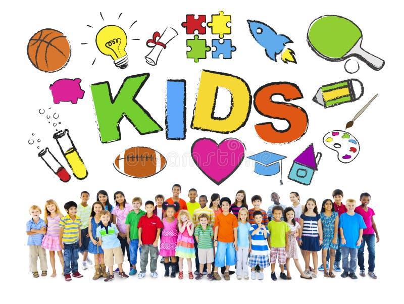 Groep Kinderen met Diverse Symbolen royalty-vrije stock foto