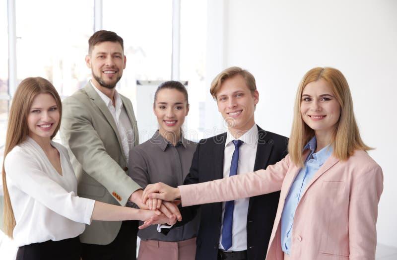 Groep mensen bij presentatie royalty-vrije stock foto
