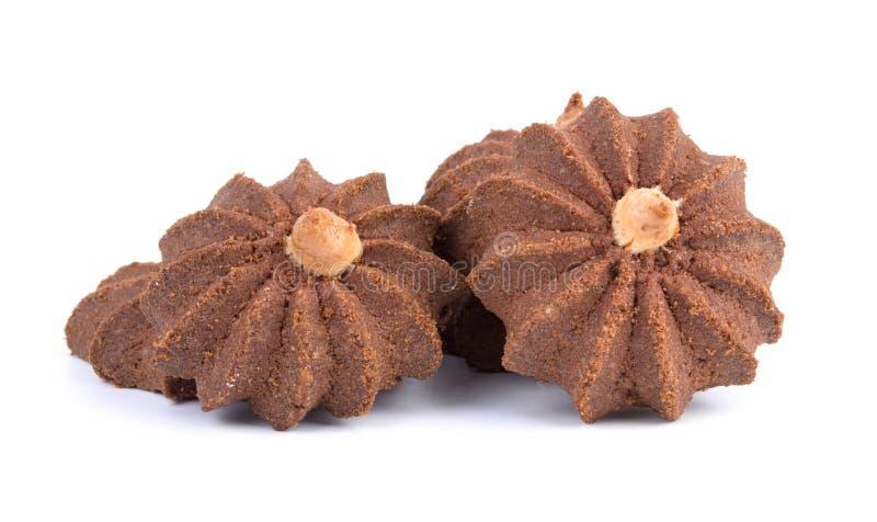 Groep smakelijke die chocoladekoekjes op witte achtergrond wordt geïsoleerd stock afbeeldingen