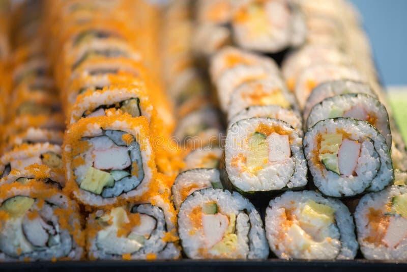 Groep sushi en sashimimaki stock foto