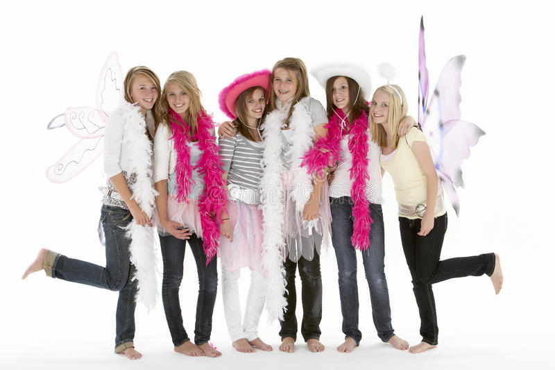 Groep TienerMeisjes die zich omhoog kleden stock afbeelding