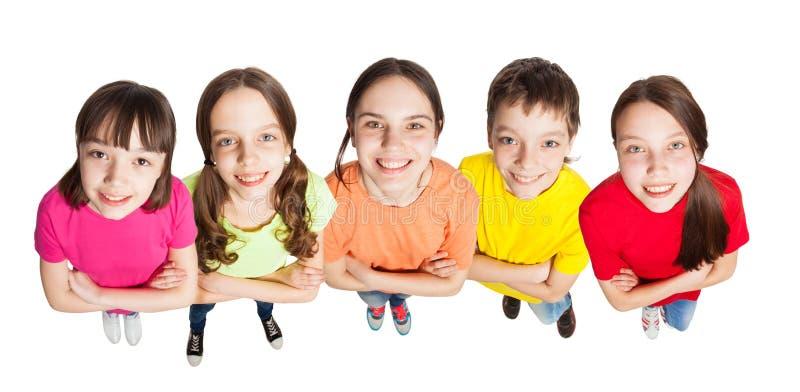 Groeps gelukkige kinderen royalty-vrije stock afbeelding