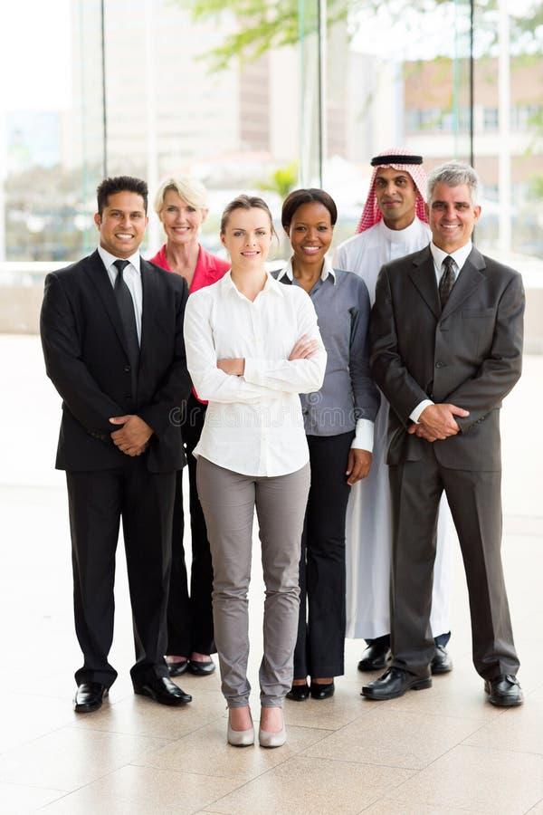 Groeps multiraciaal zakenlui royalty-vrije stock afbeeldingen