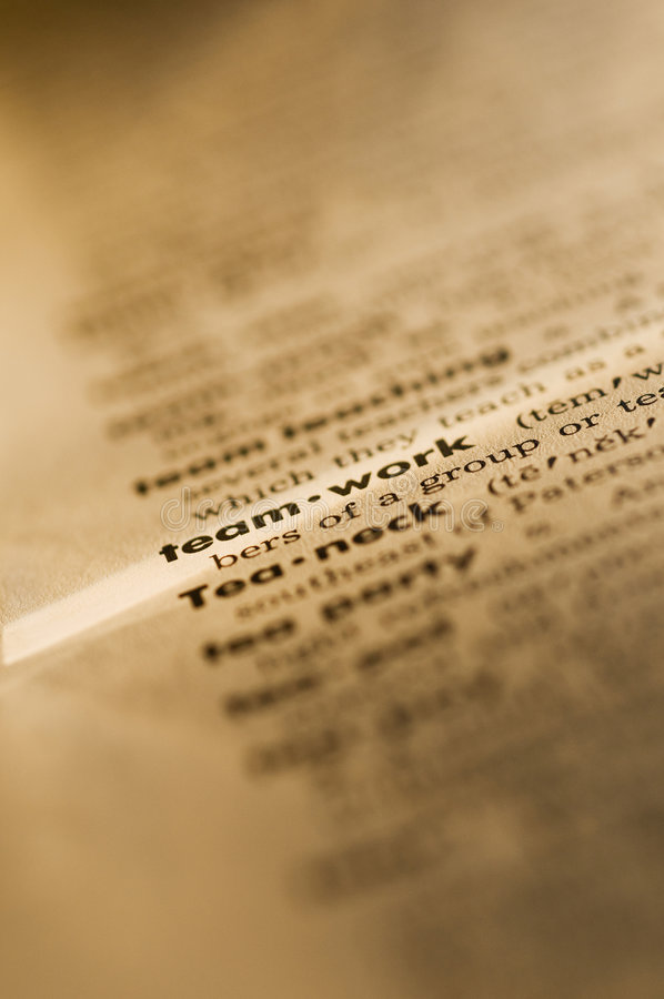 Groepswerk in woordenboek royalty-vrije stock fotografie