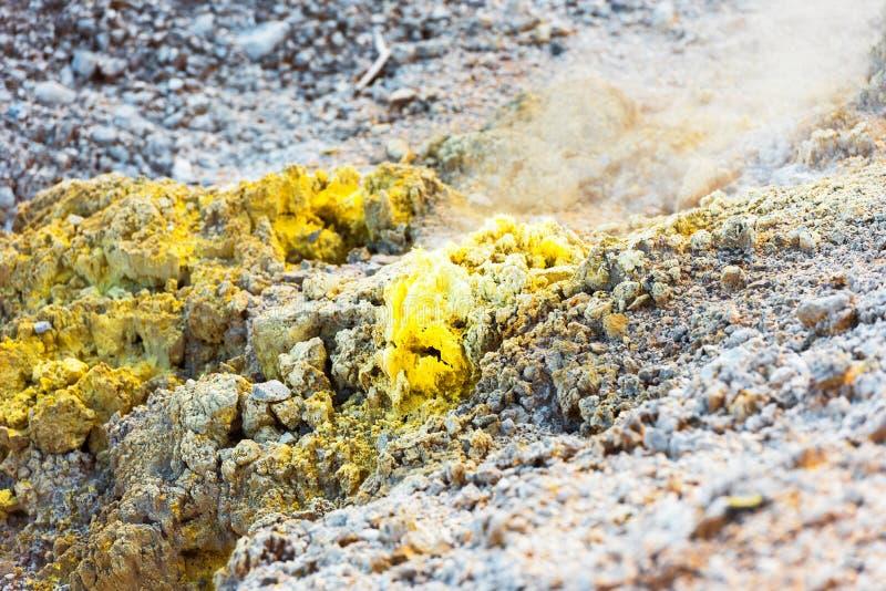 Grondtextuur op wai-o-Tapu geothermisch gebied, Rotorua, Nieuw Zeeland Close-up royalty-vrije stock afbeeldingen