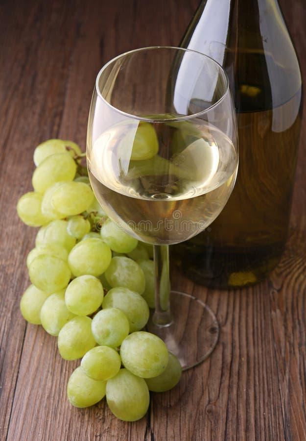 gronowy biały wineglass zdjęcie royalty free