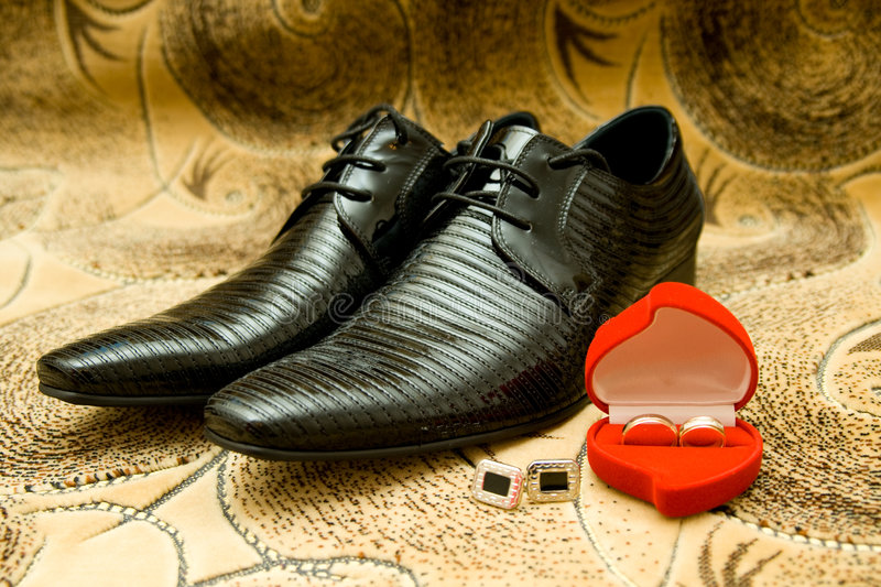 Download Groom's Shoes And Wedding Rings Stock Image - Image: 6925221