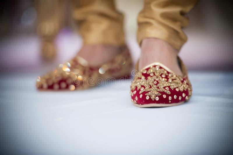 groom& x27; zapatos de s fotos de archivo