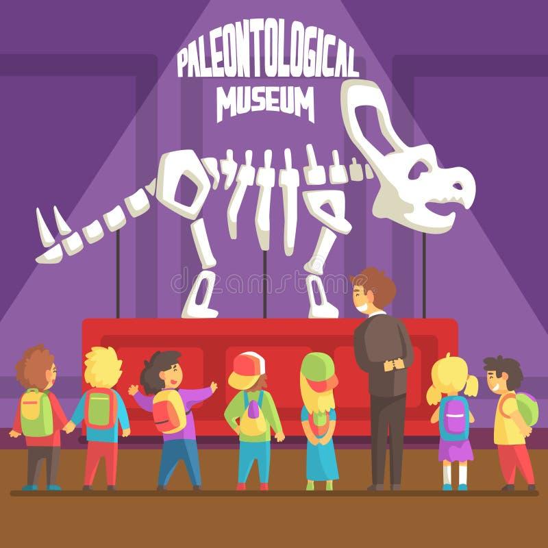 Groop dei bambini della scuola nel museo di paleontologia accanto al triceratopo di scheletro illustrazione di stock