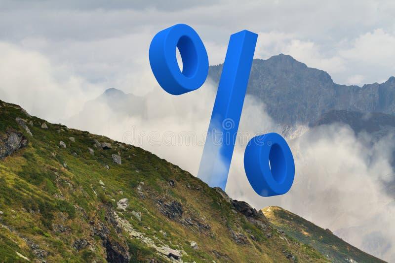 Groot blauw percententeken in het midden van mistig berglandschap r stock afbeeldingen