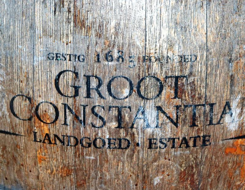 Groot Constantia är den äldsta vingården i Sydafrika royaltyfria bilder