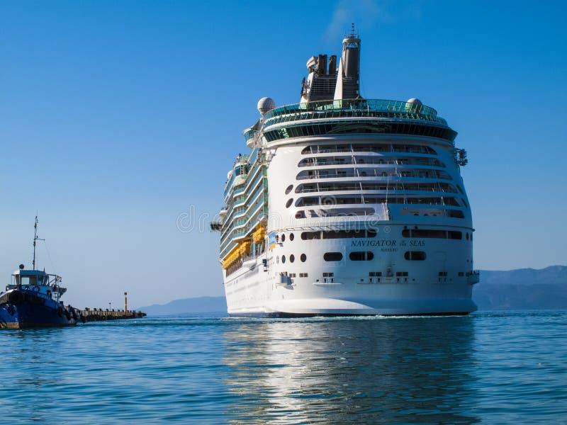Groot cruiseschip royalty-vrije stock foto