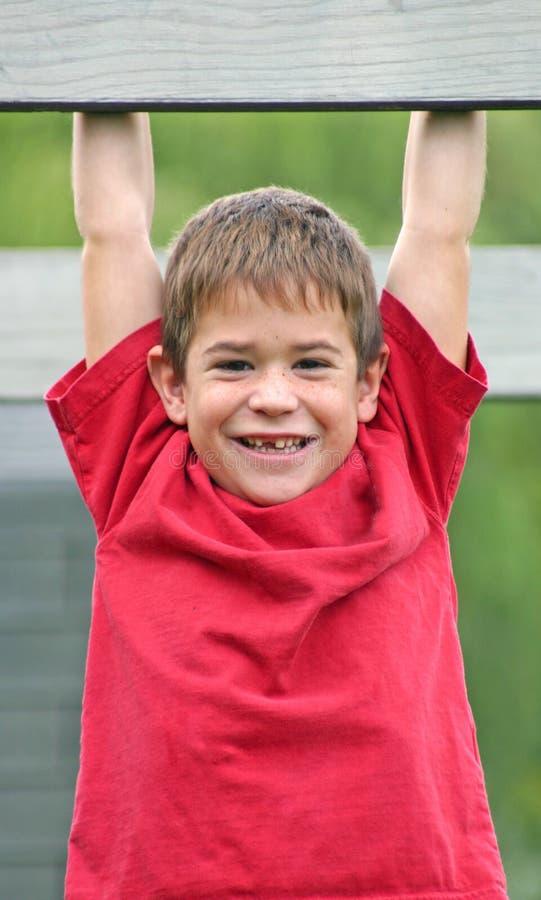 Groot Glimlachen van de jongen stock fotografie