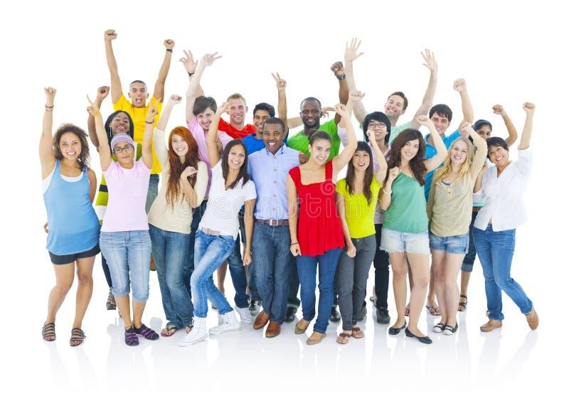 Groot groeps vrolijk mensen Zeker het Glimlachen Concept stock foto