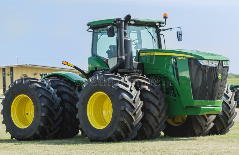 Groot John Deere Tractor royalty-vrije stock foto