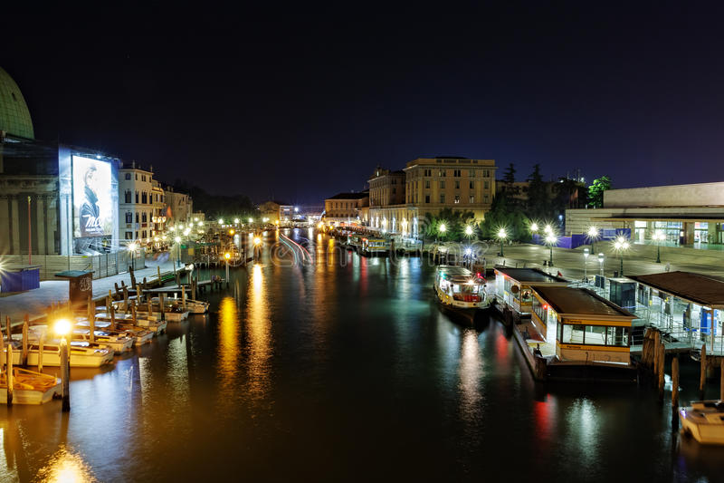 Groot Kanaal bij nacht, Venetië stock foto